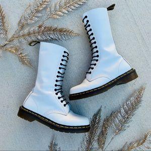 Dr. marten White Lace Combat Boots